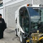 В помощь монахам Печерского монастыря подарена спецтехника