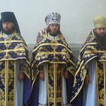 В Лавре поклонились Честному Животворящему Кресту и освятили благовонные зелья и мед