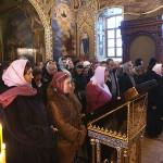 В новоосвященном храме была совершена первая Божественная Литургия