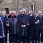 Виктор Черномырдин почтил память похороненного в Киево-Печерской Лавре дипломата