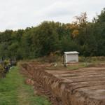 Что мешает постройке храма на лаврском кладбище?
