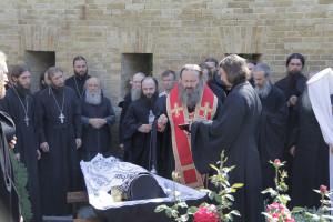 pogrebenieotca15