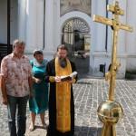Освящен накупольный крест арки перехода к Ближним пещерам