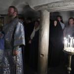 В Ближних пещерах творились усиленные ночные молитвы
