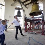 Большой лаврский колокол превознесён на своё место (видео)