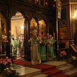 Наместник Лавры возглавил Божественную литургию в Париже