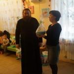Накануне праздника свт.Николая братия Лавры посетила онкобольных детей
