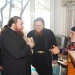 Братия Лавры посетила престарелых людей в Закарпатье