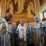 Митрополит Павел возглавил богослужение в столичном храме Рождества Христова