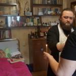 Братия Лавры откликнулась на просьбу соборовать больного юношу