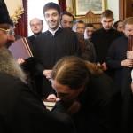 Выпускники Киевской духовной академии получили благословение от Наместника Лавры
