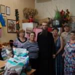 Социальный отдел Киево-Печерской Лавры передает нуждающимся одежду и обувь