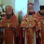 Митрополит Павел совершил Литургию в Игоревском храме Киева