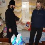 Братия социального отдела Лавры готовится к дню инвалидов