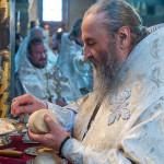 Округ Престола всех Царя присно ликующе, Ангелов чини, нас сохраняйте, верою вас призывающия (видео)