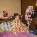 Священнослужители Лавры навестили инвалидов