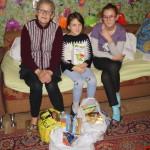 Насельники Лавры и волонтеры вручили подарки детям из семей переселенцев и малоимущих семей к празднику св. Николая