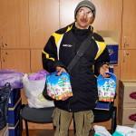 Насельники Лавры вручили малоимущим, переселенцам, инвалидам подарки к Рождеству
