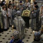 Днесь Спаситель, яко Младенец принесен бысть в церковь Господню