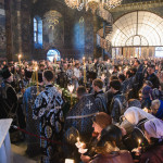 У Лаврі звершено богослужіння виносу і поховання Плащаниці