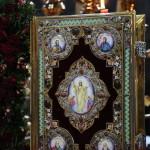 В последний день Светлой седмицы Наместник Лавры совершил Литургию в Трапезном храме обители