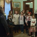 Діти з «Отчого дому» привітали з Великодніми святами і ювілеємНамісника Лаври