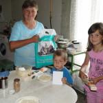 Социальный отдел Лавры помогает нуждающимся семьям с маленькими детьми