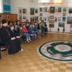 В детском доме «Малятко» с творческим визитом и гостинцами побывали гости из Лавры
