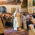В Неделю 11-ю по Пятидесятнице Наместник Лавры сослужил на Литургии Предстоятелю УПЦ