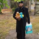 Соцвідділ Лаври допомагає переселенцям і багатодітним сім'ям з Київської області