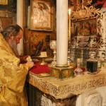 Наместник Лавры служил на месте Распятия Господня