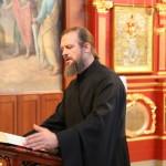 Молодежная встреча была посвящена празднику Покрова Пресвятой Богородицы и любви к ближним