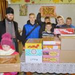 Детей оставшихся без родительской опеки посетили братия Лавры