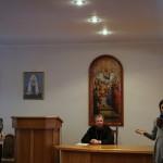 У Лаврі відбулася перша просвітницька зустріч братії з православною молоддю