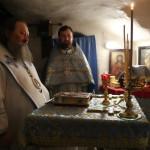 Митрополит Павел звершив нічну Божественну Літургію