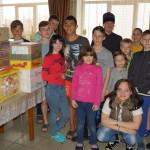 Насельники Лавры поздравили с Пасхой детей из реабилитационного центра в с. Копылов