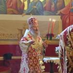 Митрополит Онуфрий совершил пасхальную вечерню в Лавре