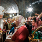 The Vicegerent of the Lavra joined the Primate of the UOC in the service on The Great and Holy Easter