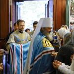 Литургию в юбилей открытия Введенского монастыря возглавил Наместник Лавры