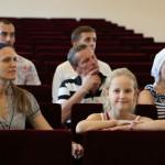 На «молодежке» говорили об отношениях молодых людей до брака