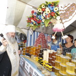 Vicegerent of the Lavra gave blessing to open the Orthodox fair named after Savior of the «Honey Feast Day»