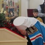 Митрополит Павел совершил Литургию в Свято-Андрее-Владимирском храме столицы