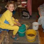 Помощь детям Макаровского района от соцотдела Лавры