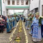 Наместник Лавры возглавил Литургию в г. Кременце