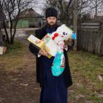 Cоцвідділ Лаври привітал багатодітні сім'ї з Днем Святого Миколая