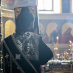 У Лаврі звершено богослужіння виносу Плащаниці