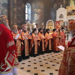 Богослужения Светлой среды возглавил митрополит Павел