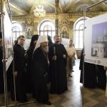 Открылась фотовыставка «Крестный путь Лавры»