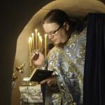 Наместник Лавры почтил память царственных страстотерпцев