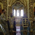 Митрополит Павел возглавил Акафист Успению Пресвятой Богородицы